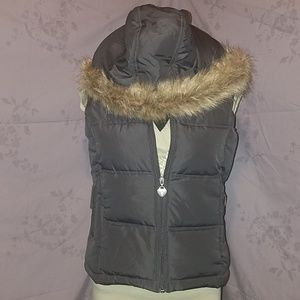 Maurices gray vest size medium
